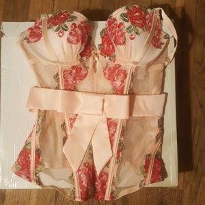Victoria's Secret Intimates & Sleepwear - Victoria secret lingerie corset